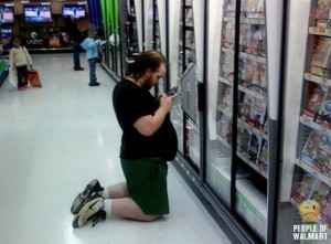Nintendo-DS-Player-at-Walmart-590x436